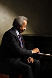 Allen_Toussaint_promo_photo_1-640x960.jpg