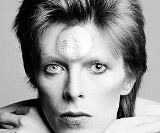 1David-Bowie111315-322x268.jpg